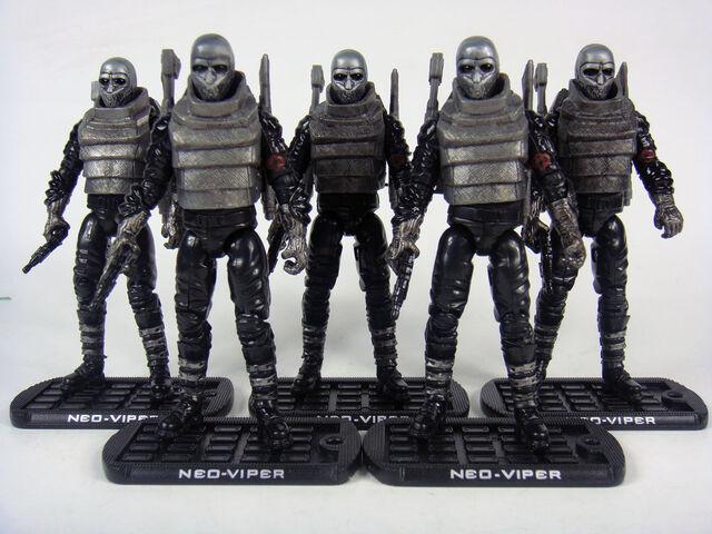 File:Lot Of 5 Rise Of Cobra Neo-Viper.jpg