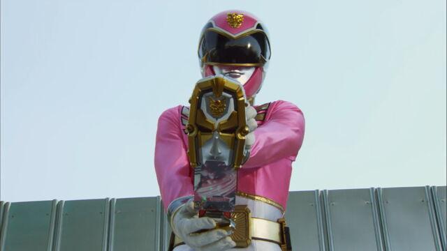 File:Episode 13 - Goseiger Change.jpg