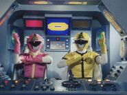 Dynaman Pink-Yellow cockpit