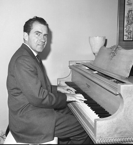 File:NixonPiano,1962.jpg