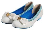 CureWhiteShoes1