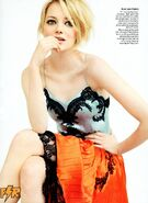 Emma-Stone-by-Mario-Testino-for-Vogue-US-July-2012-emma-stone-31253223-900-1233