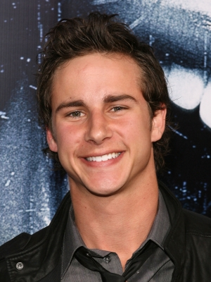 File:87705 kelly-blatz-shows-off-his-pearly-whites-at-the-premiere-of-prom-night.jpg