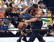 Raw-18-4-2005-15