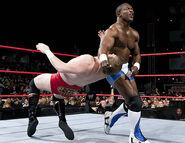 November 28, 2005 Raw.22