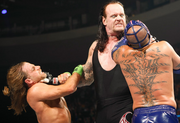 Undertaker.jpg chokeslam
