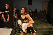 1173702 cheerleader-evie