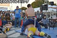 DDT20141030-18