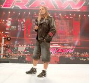 Bret-Hart-Wearing-Jordan-True-Flight1