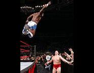 November 28, 2005 Raw.23