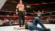 RAW 1152 - Ambrose vs Kane (8)
