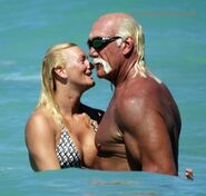 Hulk-hogan-girlfriend-031208-0008
