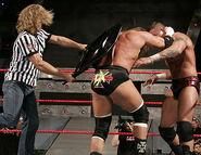 Raw 30-10-2006 18