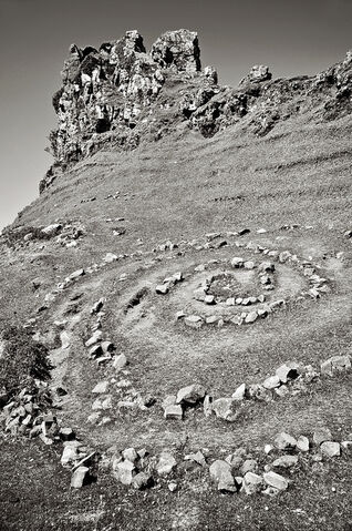 File:Crumbling-stone.jpg