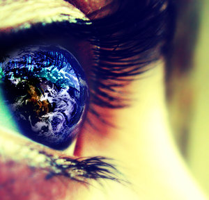 File:I see the world in my eyes by lost smile.jpg