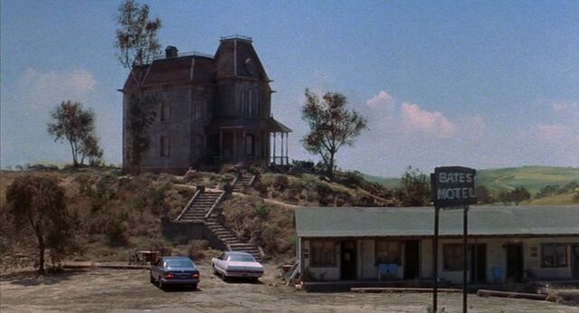 File:Psycho 2 house and motel.jpg