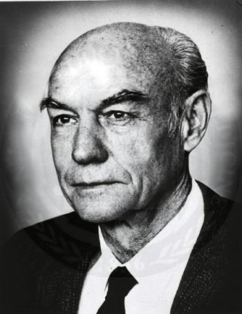 File:Roger W Sperry.jpg