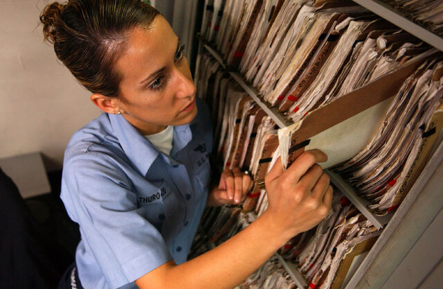 File:Medical records.jpg