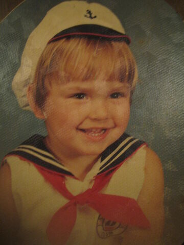 File:Toddlersailor.jpg