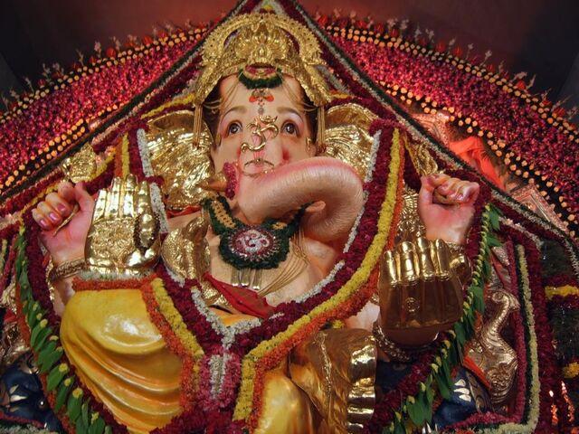 File:Ganesh Festival.jpg