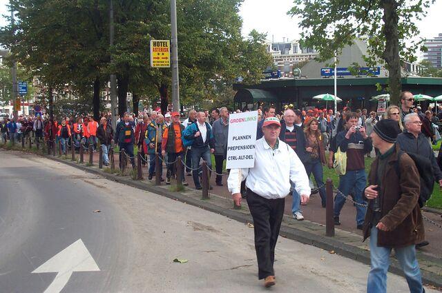 File:GroenLinks demonstration 20041002 CopyrightKaihsuTai.JPG