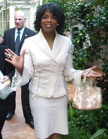 File:Oprah Winfrey (2004).jpg