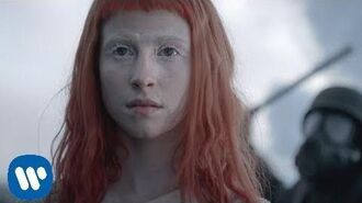 Paramore Now OFFICIAL VIDEO