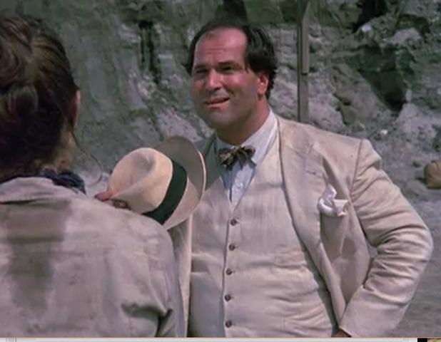 File:John Kapelos as Mustafa El Razul.png