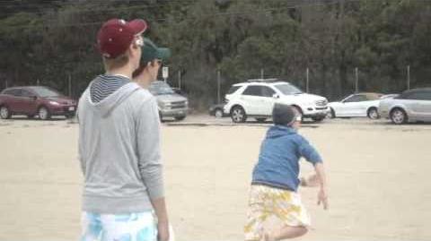 R5 TV - EPISODE 2 Beach Baby!