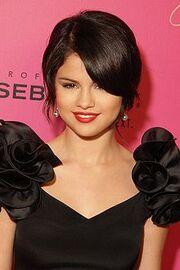 220px-Selena Gomez 2009