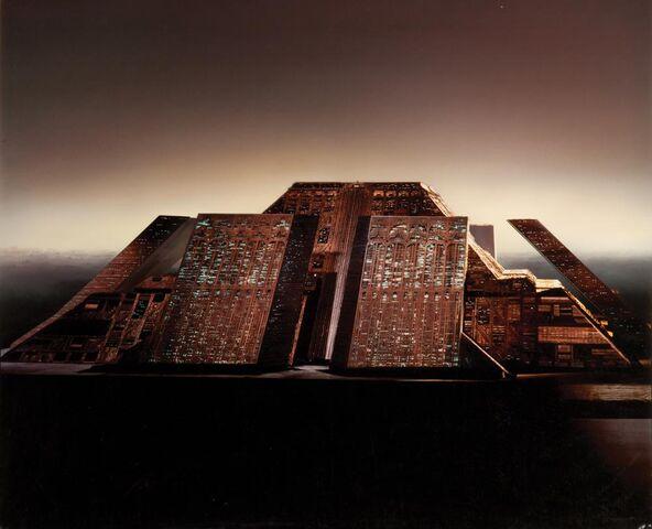 File:Tyrell Building.jpg