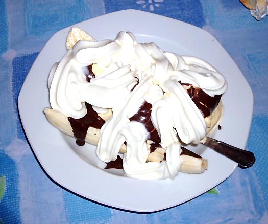 File:Bananasplit.JPG