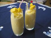 Cocktail mango milchshake