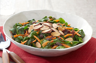 File:Sauteed Spinach with Carrots Raisins and Almonds.jpg