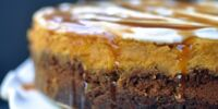 Gingersnap-crusted Pumpkin Cheesecake
