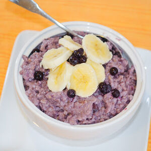 Pressure Cooked Steel Cut Oats with Banana and Blueberries 2