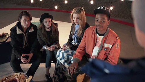 File:Fox-s-new-series-red-band-society-from-steven-spielberg.jpg