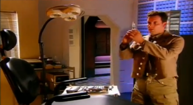 File:Rimmer at the dentist.png