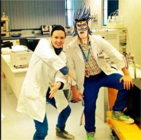 File:Jaxx and Eve in lab.jpg