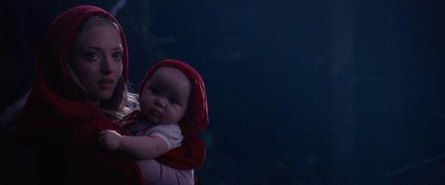 File:Red-Riding-Hood-BluRay-2011-Film-red-riding-hood-23983177-1920-800.jpg