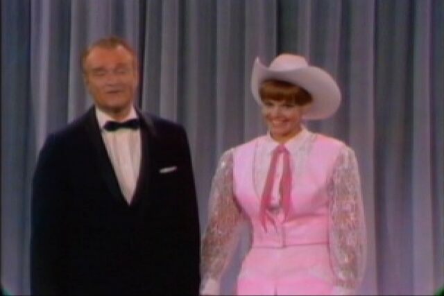 File:1966-01-29 Val Rodeo TV.jpg
