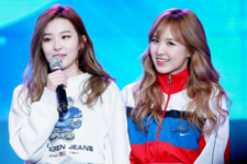 Seulgi and Wendy on stage