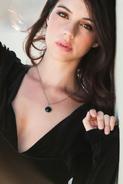 Adelaide Kane VVVI