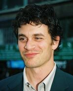 Tom Everett Scott 1