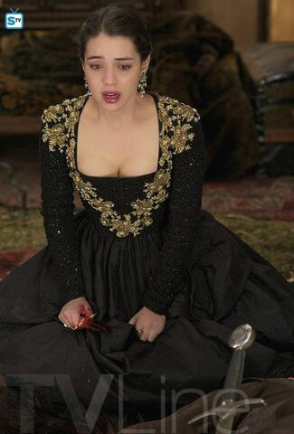 File:Reign-season-finale-photo FULL.jpg