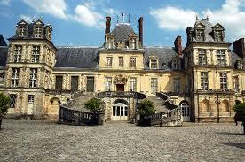 File:Chateau Fontanbleau2.jpg