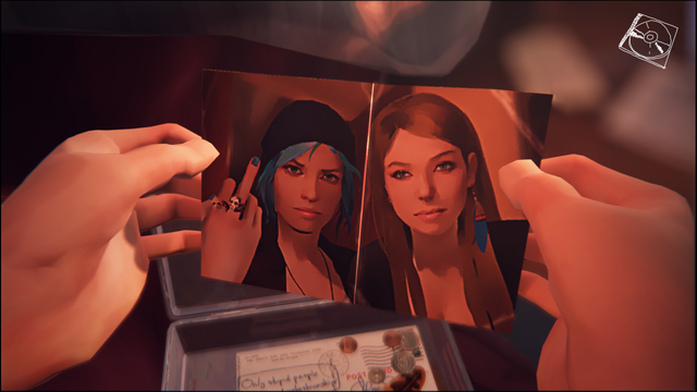 File:Chloe and Amber.png