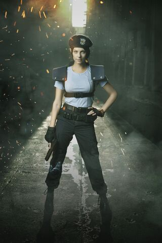File:Julia Voth as Jill Valentine 3.jpg