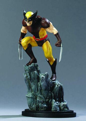File:Wolverine brown stat @ mini.jpg