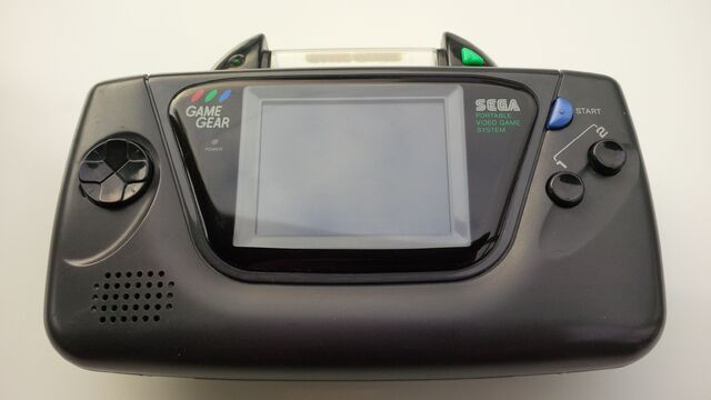 File:Game Genie Sega Game Gear front attached.jpg